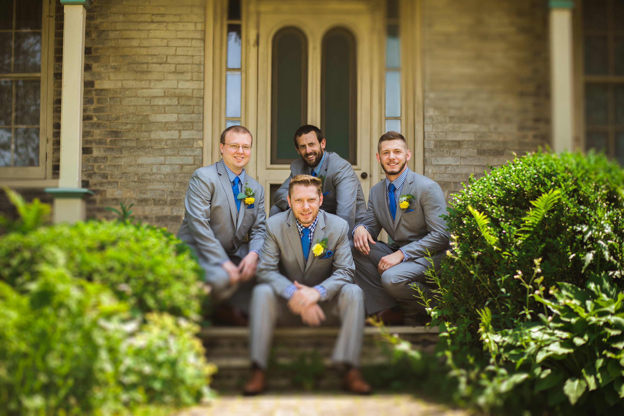 03-groom-and-groomsmen-freelensing-tehnique