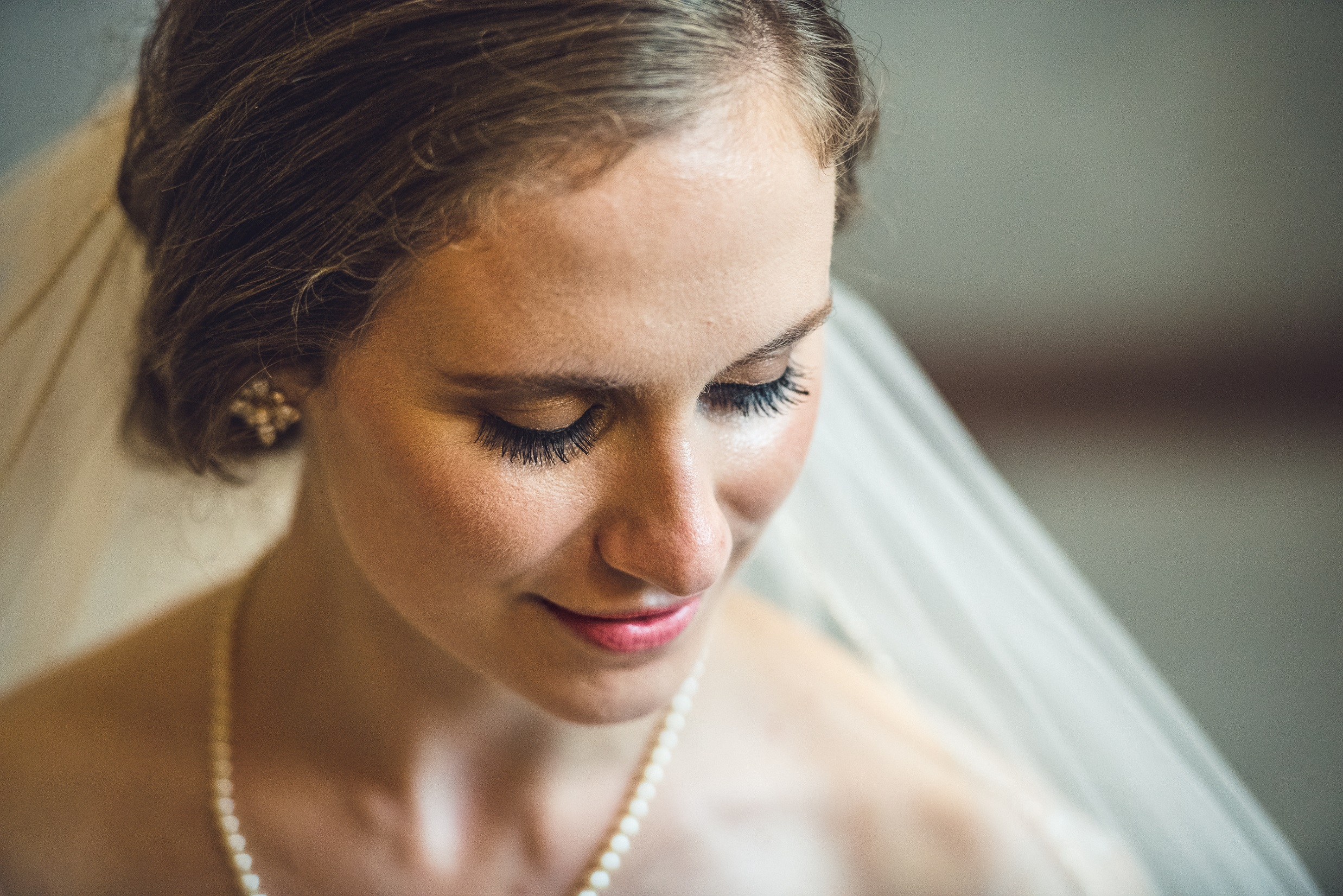 03-bride-chicago-wedding-divno-photography